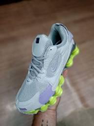 Nike 12 Molas (Nova Cor)