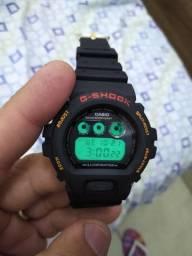 Relógio Casio G-shock original raro série ouro.
