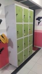 Armário de metal (locker)