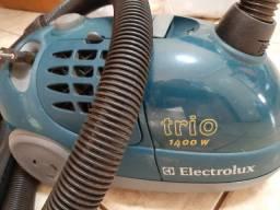 Aspirador de pó Eletrolux 1400 w