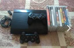 PS3 Super Slim (12 jogos, 2 controles)