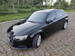Abaixo FIPE** Audi A3 Sportback 1.4 TSFI *Teto/ Multimídia/ Couro*