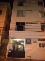 Alugo apartamento 1/4, Sala, no Politeama, Centro de Salvador, Bahia.