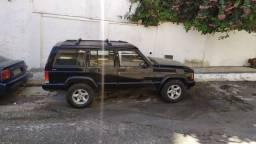 Jeep Cherokee Sport 1997 4.0 4x4 6 cilindros com kit gás