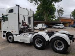 International 9800i 6x4 automático