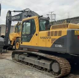 Escavadeira hidráulica Volvo EC210B