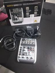 Behringer q502 USB interface de áudio