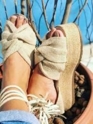 Título do anúncio: Sandálias Novas