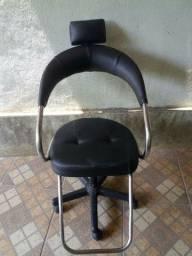 Vendo cadeira salao base gas