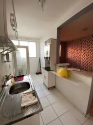 Apartamento 2/4, Nascente, Portaria 24h, Piscina!!