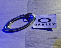 Chaveiro Small Ellipse Carabiner Oakley<br><br>Original