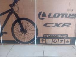 Bicicleta LOTUS CXR