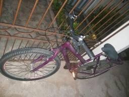 Bicicleta 18machas com bagageiro e sela confortável em ótimo estado de conservação