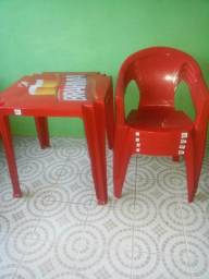 Conjunto mesa e cadeiras Tramontina