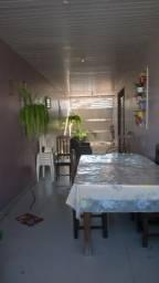 Imóvel contendo,01(uma)Suite e 01 quarto,sala,cozinha,area de serviço.