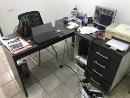 Vendo escrivaninha para escritório