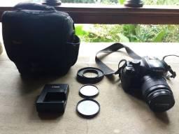 Câmera Canon Rebel T3 + lente 18-55 + acessórios
