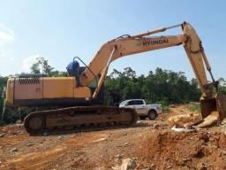 Escavadeira hyundai RC 210