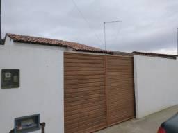 Vendo casa em Queimadas/PB