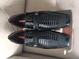 Sapato Faccos 41