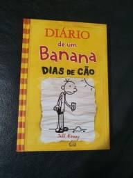 Livro Diário de um Banana - Dias de Cão v4