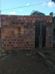 Vende-se terreno com casa em ponto de laje em Cajazeiras-Faz. Grande 3(oportunidade)