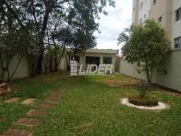 Casa para alugar com 5 dormitórios em Brasil, Uberlandia cod:863428