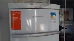 Freezer Frost Free vertical Brastemp Flex 228 litros 110 volts Cor branca