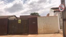 Vendo Casa com Barracão no Fundo na Vila Rosalina