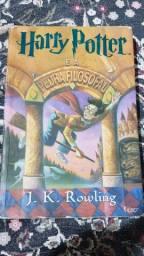 Vende-se livro da saga Harry Potter volume 1