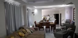 Alugo casa em Portal de Jacaraipe / 3 quartos com suíte / segundo andar