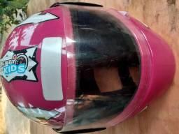 Vendo um capacete