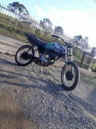 Moto cg 125 cc documentada para trilha $900 chama no zap * joinville sc