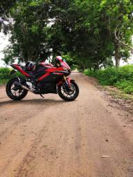 Yamaha R3 ano 2020