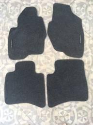Tapetes em carpete Pajero