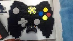 Tapete de croché controle Xbox e unicórnio a partir de R$70,00