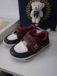 Tênis de bebê N°20