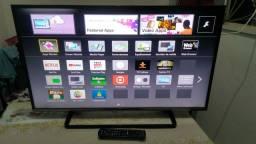 Smart TV Panasonic 42 Led Full Hd com Wifi.  Completa e sem problema.