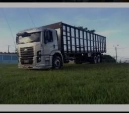 Caminhão Boiadero