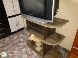 Vendo Rack para TV semi novo