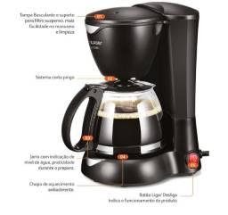 Cafeteira Elétrica Multilaser Gourmet 220V 200W + Colher Dosadora + Filtro Permanente