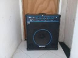 Vende -se caixa amplificada multiuso com entrada para pendrive violão e guitarra