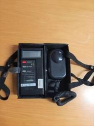 Luxímetro digital faixa de 0 - 200.000 Lux Minipa MLM-1332