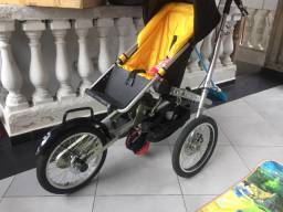 Triciclo bebê conforto