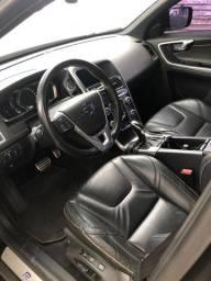 Volvo XC60 R- Design (Top de linha)
