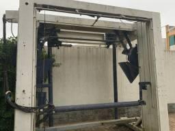 Máquina Ceccato de lavagem de veículos