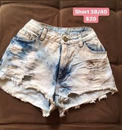 Desapegos de roupas femininas