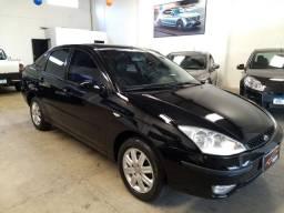 Focus guia sedan 2004 automático completo