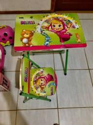 Mesa para crianças