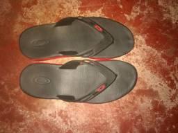 Sandália da Oakley